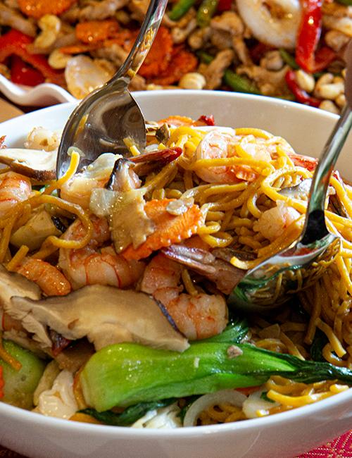 Low Mein Catering Noodles Asian Spokane